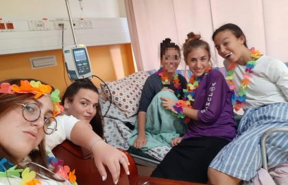 Volunteers bringing the happiness to Sharei Tzedek • August 2019